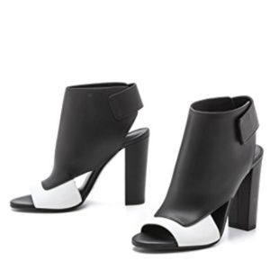 Vince Agatha Open Toe heels sandals leather